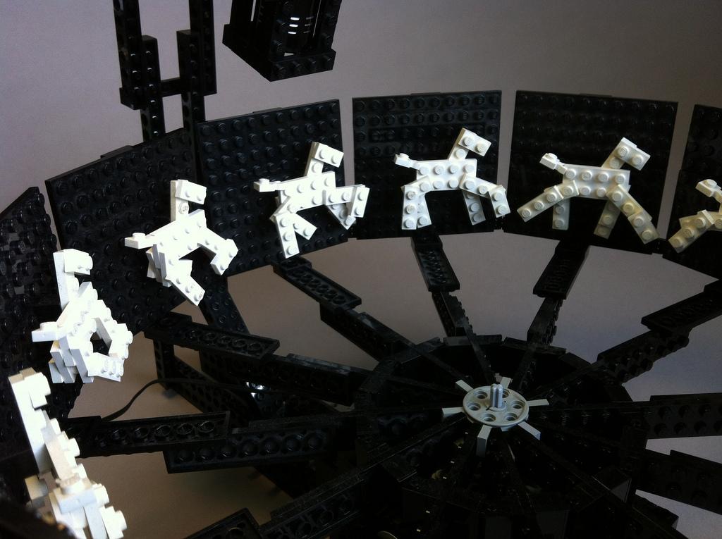 horse-zoetrope